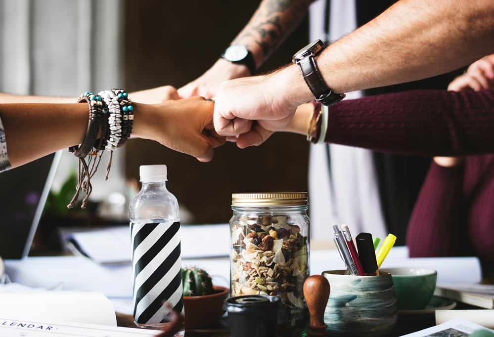 How can you encourage more high performance teams?